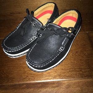 Lil Fellas boat shoe. Toddler 6. New.